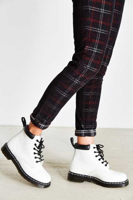 Dr. Martens Padded Collar 6-Eye Boot