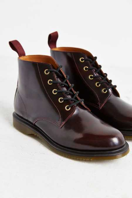 Dr. Martens Emmeline 5-Eye Boot