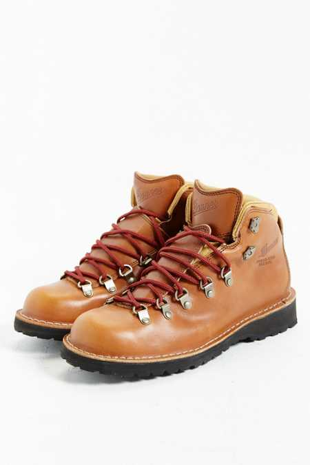 Danner Mountain Pass Horween Rio Boot