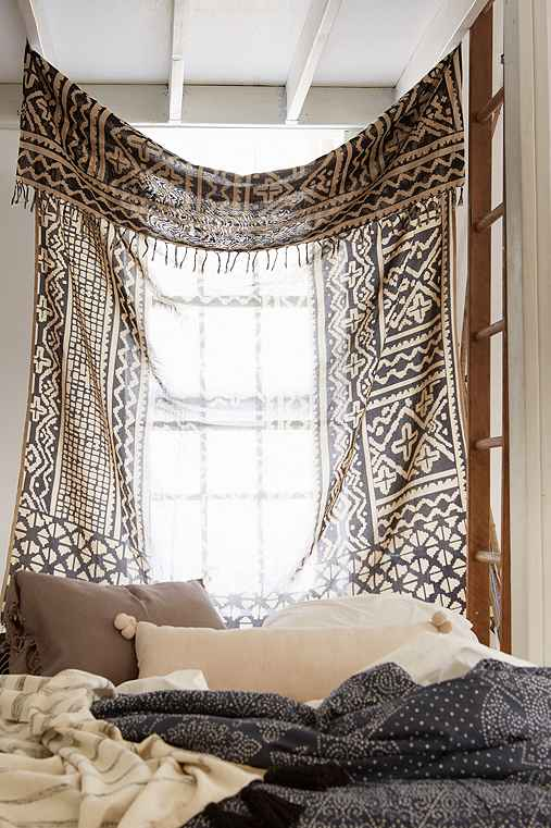 4040 Locust Traditional Gauze Tapestry,BLACK & WHITE,ONE SIZE