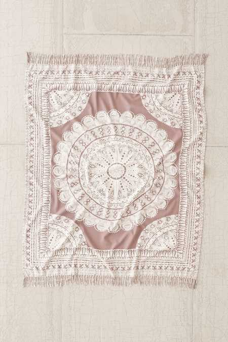 Plum & Bow Odessa Medallion Throw Blanket