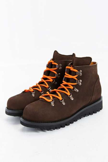 Caminando Mountain Boot
