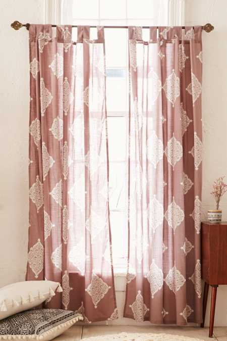 Plum & Bow Semana Curtain