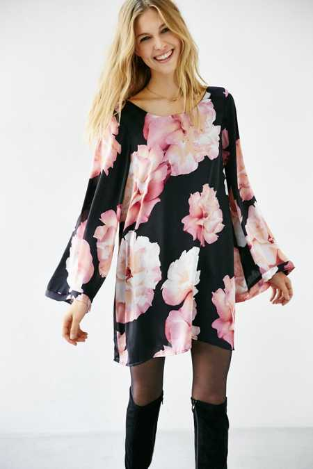Show Me Your Mumu Bombshell Dress