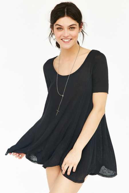 Ecote Stevie Flutter Tunic Top