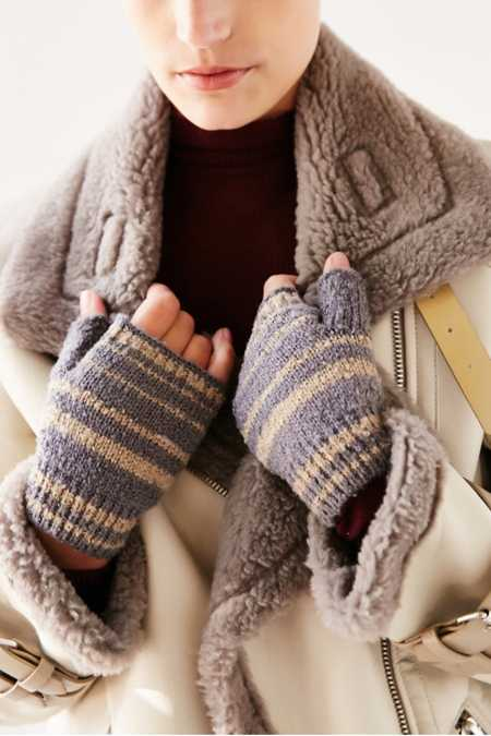 Boucle Shortie Fingerless Glove