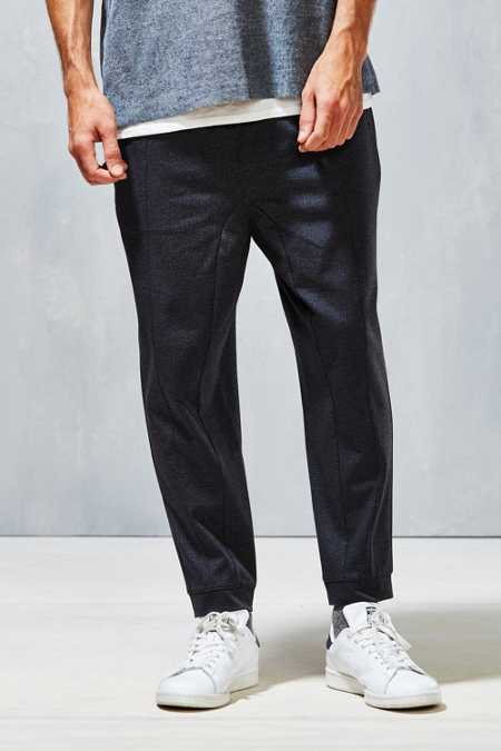 Your Neighbors Oscari Cropped Athletic Pant