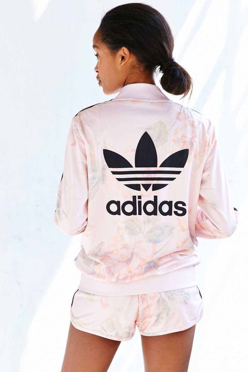 What's Trending Now – littlepinkmoto.com --- Fashion with Confidence, Style with Personality.