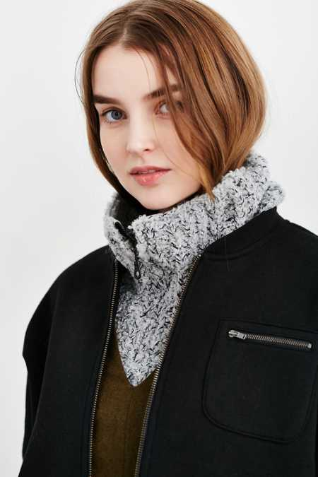 Boucle Zip Collar Scarf
