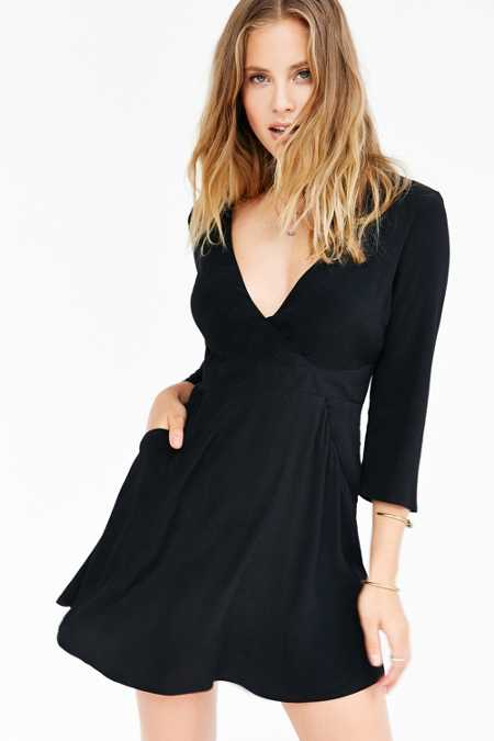 Silence + Noise Long-Sleeve Brittany Surplice Dress