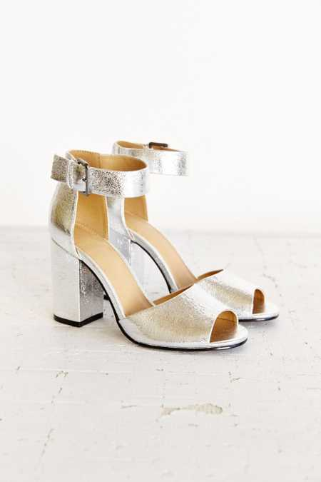 Mary Metallic Heel