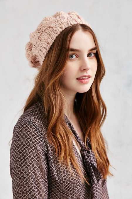 Braided Cable Beret