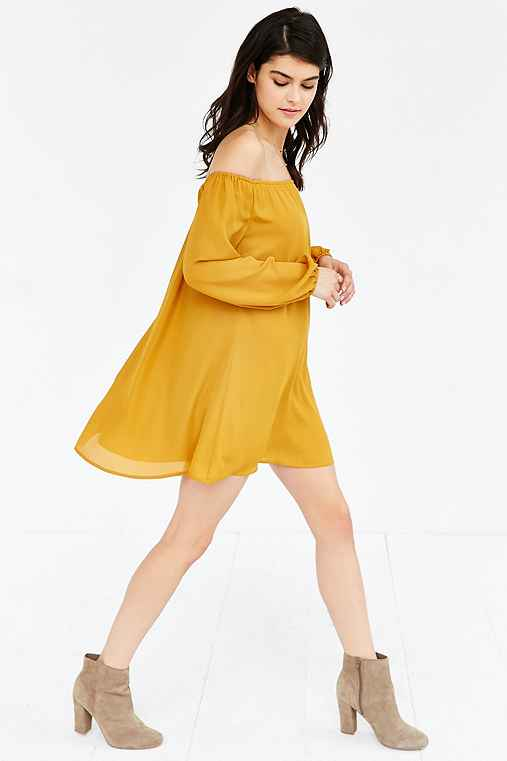 Ecote Off-The-Shoulder Swing Dress,MUSTARD,S