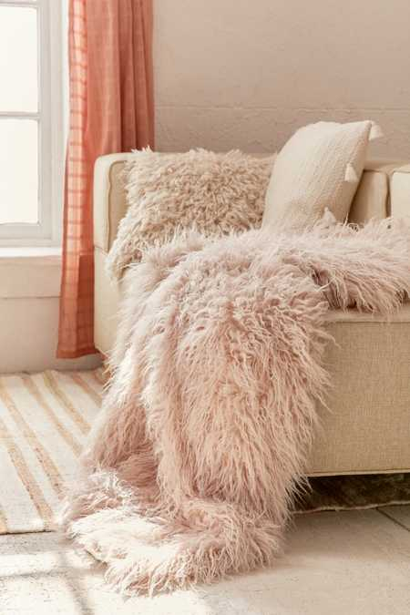 Faux Lamb Fur Throw Blanket