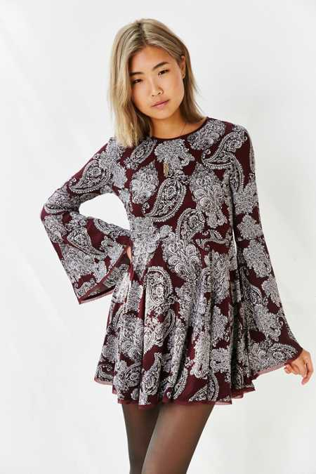 Ecote Sascha Bell Sleeve Dress