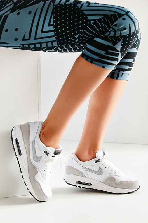 Nike Air Max 1 Essential Sneaker,WHITE,9
