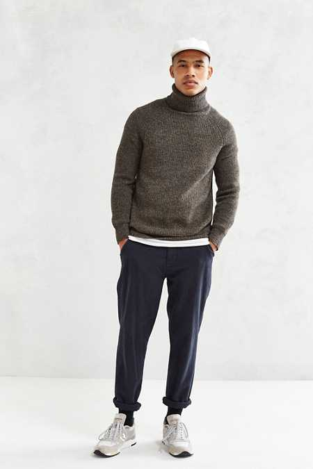 CPO Lambswool Ribbed Turtleneck Sweater