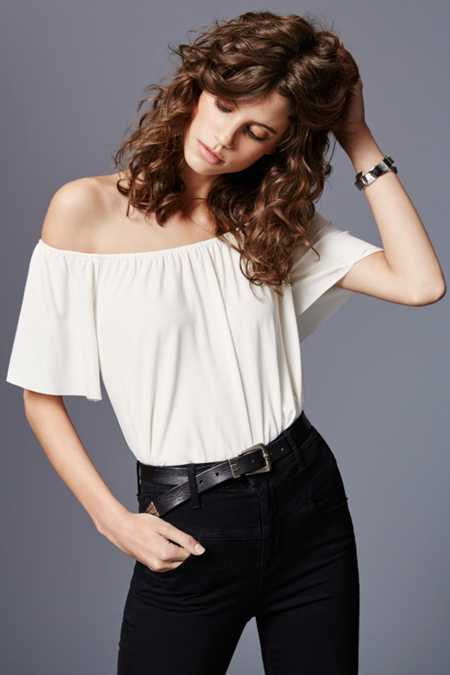 Ecote Mara Off-The-Shoulder Top