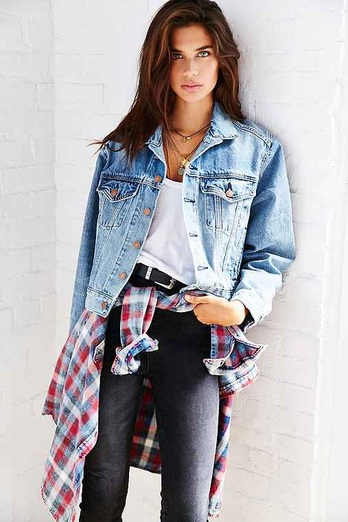 BDG Boyfriend Denim Trucker Jacket,RINSED DENIM,S