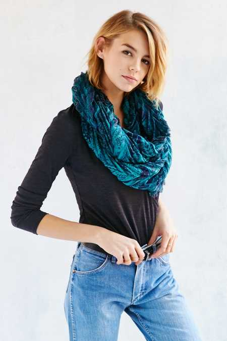 Paisley Pleated Eternity Scarf