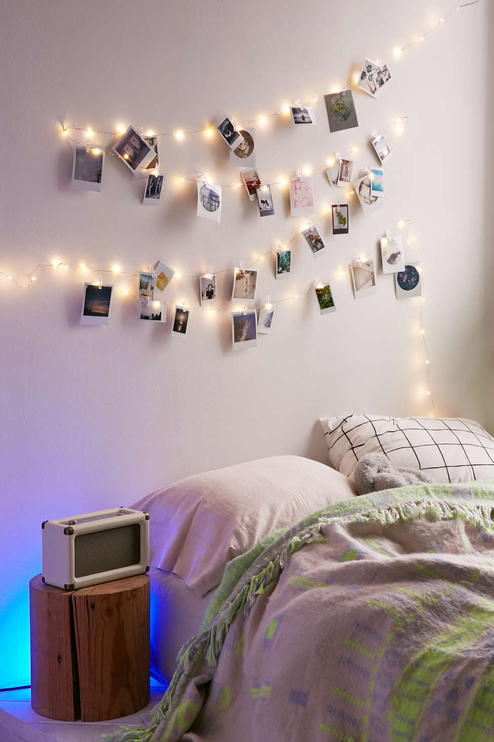 How To Hang String Picture Lights In Dorm Room
