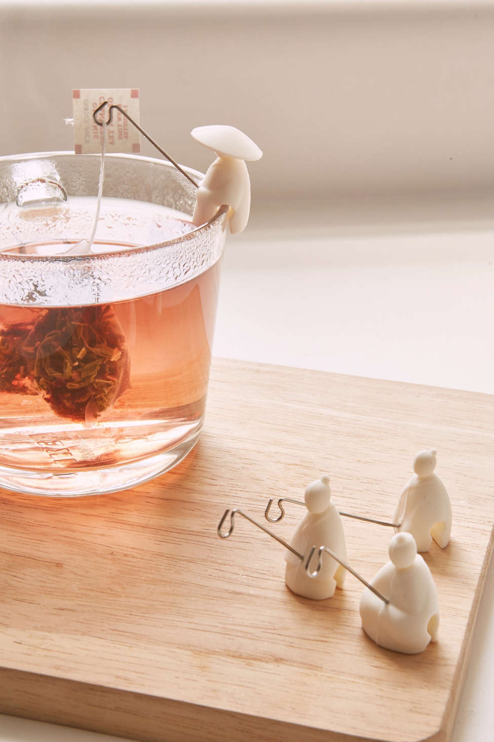 fisherman tea holder