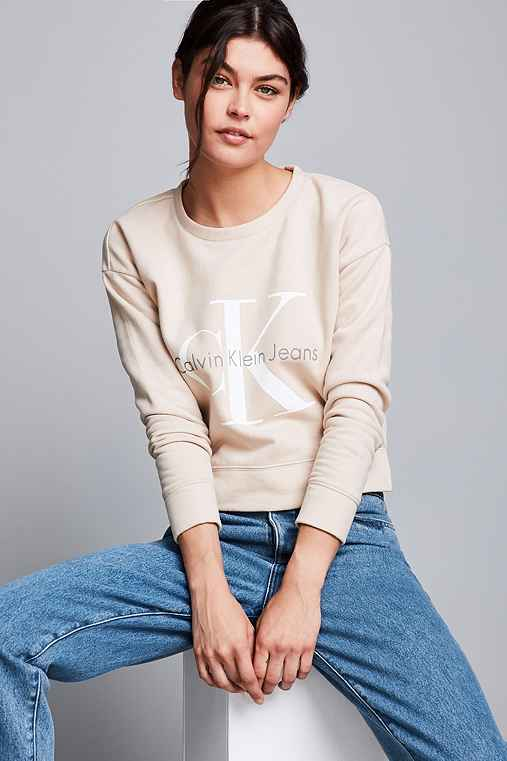 Calvin Klein For UO Cropped Pullover Sweatshirt,TAUPE,S