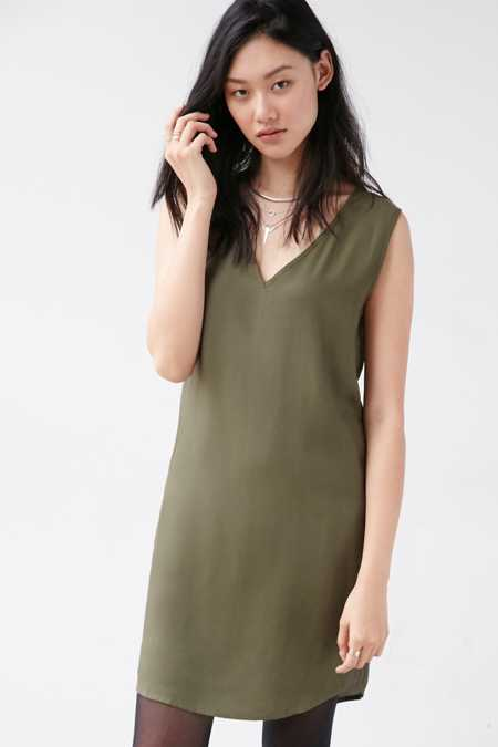 Native Youth V-Neck Cocoon Shift Dress