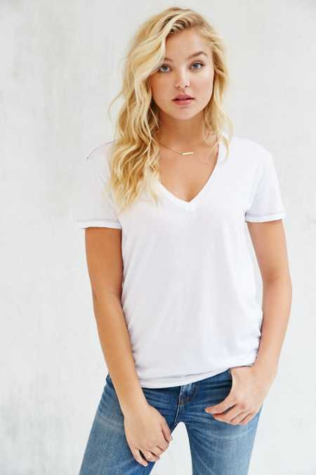 Truly Madly Deeply Sal Boyfriend V-Neck Tee