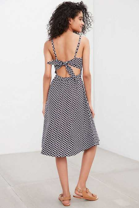 Della Ballerina Tie-Back Dress