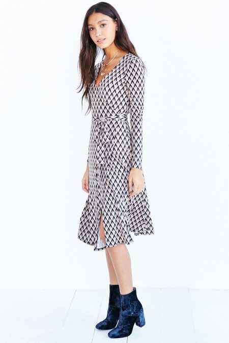 Ecote Long Sleeve Midi Wrap Dress