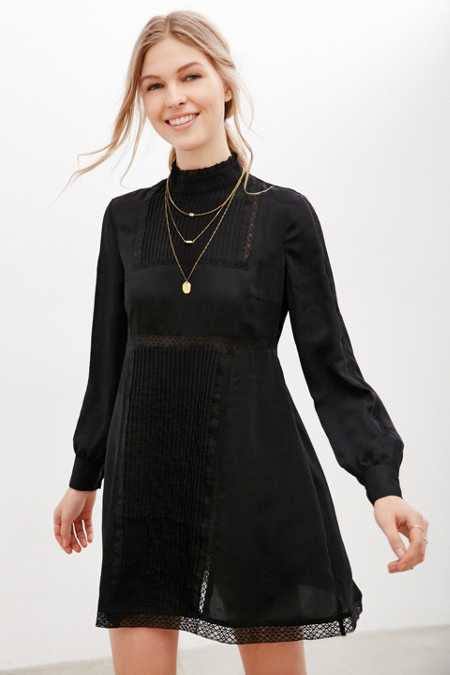 Alice & UO Gina Victorian Mock-Neck Dress