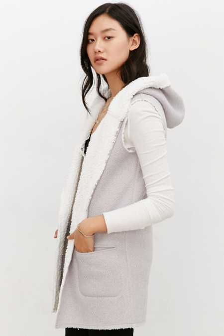 Ecote Cozy Hooded Vest
