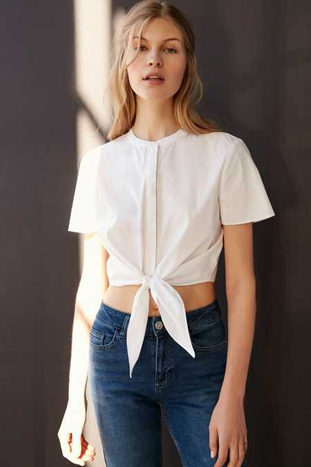 Alice & UO Betty Tie-Front Cropped Top