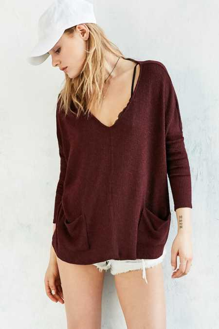BDG Mia Pocket Pullover Sweater