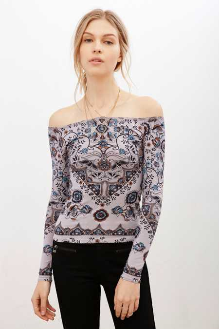 Ecote Ainsley Printed Off-The-Shoulder Top