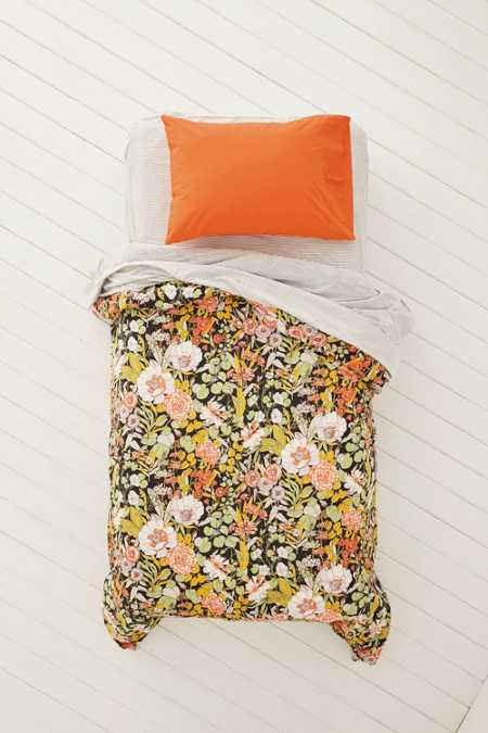 Plum & Bow Mila Allover Floral Duvet Snooze Set