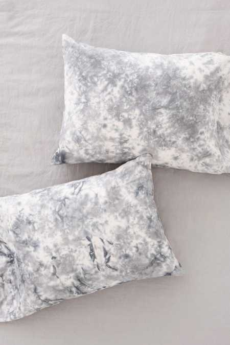 Magical Thinking Miura Soft Dye Pillowcase Set