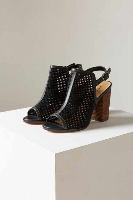 Kelsi Dagger Brooklyn Goya Perforated Heel