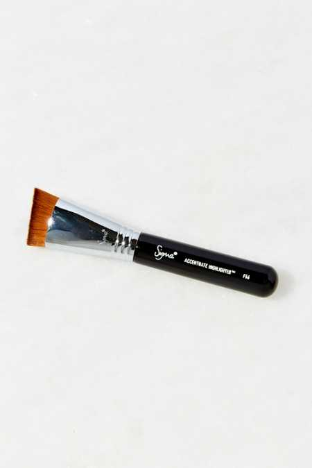 Sigma Beauty F56 Accentuate Highlight Brush