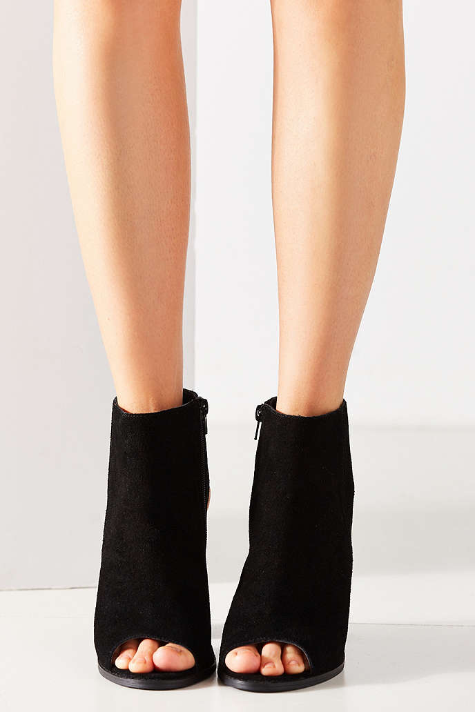 Millie Peep Toe Ankle Boot - Urban Outfitters