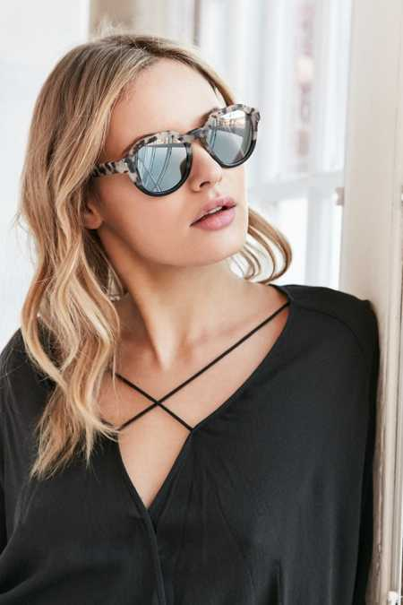 Beach Riot For D'Blanc Guilty Pleasure Sunglasses