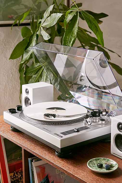 Crosley C100 Turntable - Urban Outfitters