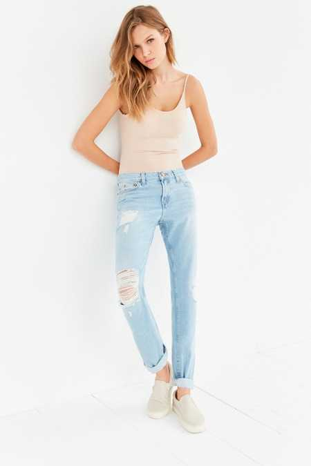 BDG Slim Boyfriend Jean - Light Denim Slash