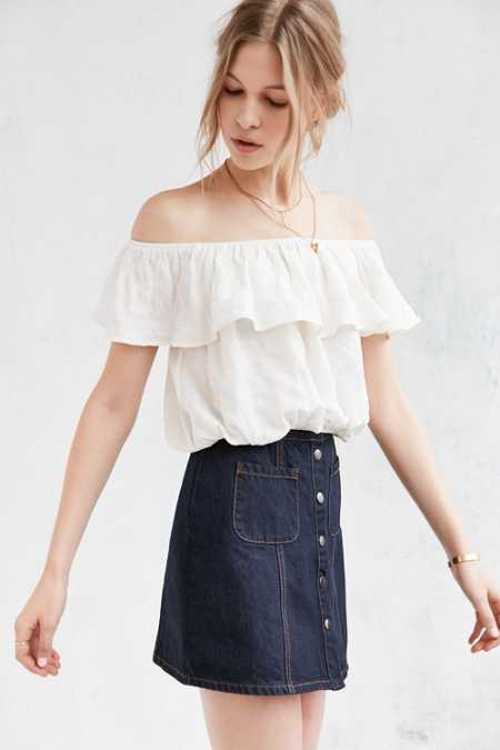Kimchi Blue Ruffle Off-The-Shoulder Cropped Top