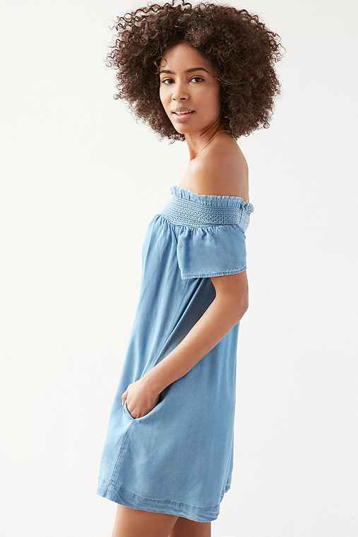 Alice & UO Hermione Denim Off-The-Shoulder Mini Dress,VINTAGE DENIM MEDIUM,S