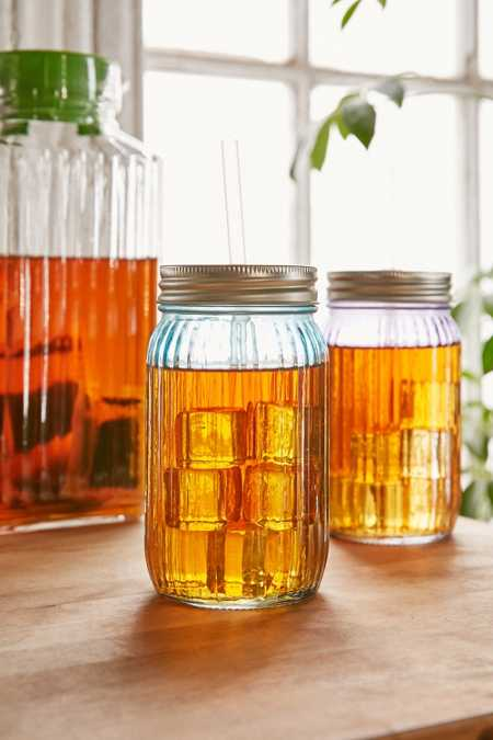 Ribbed Mason Jar With Straw