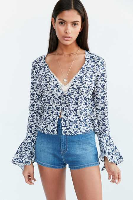 Kimchi Blue Eleanor Bell-Sleeve Button-Down Blouse
