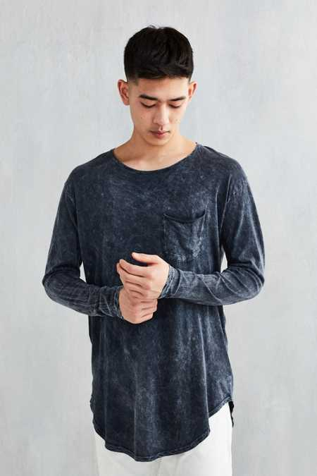 Feathers Mineralized Curved Hem Long-Sleeve Tee