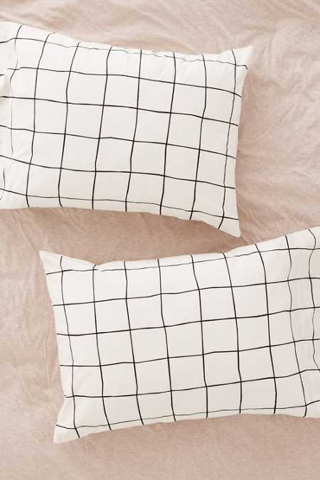 Wonky Grid Pillowcase Set